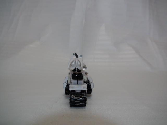 DD-11アイスピック&ケイオス軍曹ビークルモード