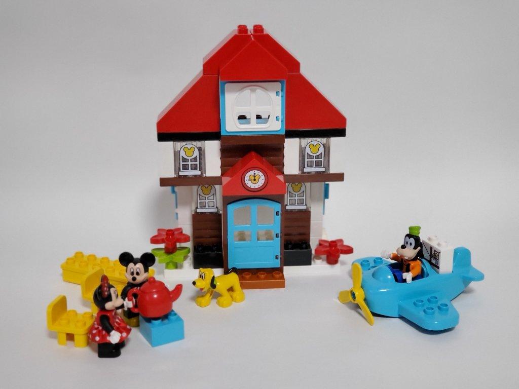 lego duploミッキーとミニーのホリデーハウス1